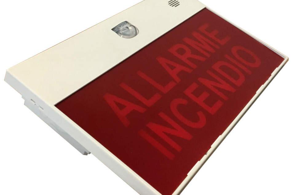 Nuova gamma di pannelli di segnalazione e allarme antincendio Eaton